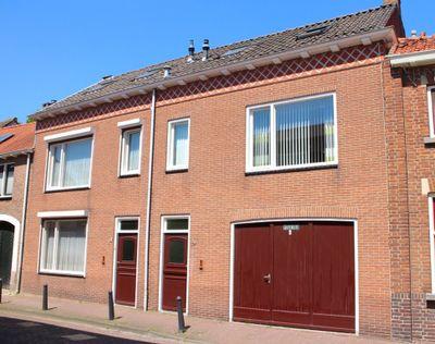 Nieuweweg 64, Hulst