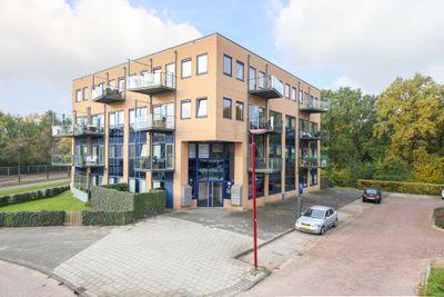 Meentwal 5-J, Nieuwegein