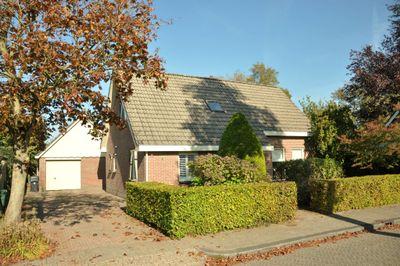 Opzienersweg 12, Haulerwijk