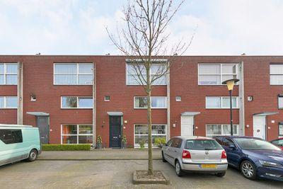 Zalmwater 31, Barendrecht
