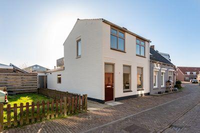 A van Heestraat 1, Kamperland
