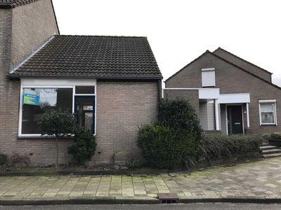 Dahliastraat 24, Bergen op Zoom