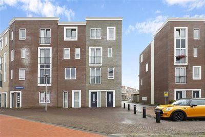 Zwitserlandstraat 42, Almere