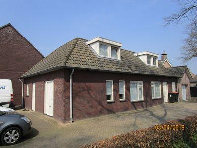 Veldstraat, Geffen