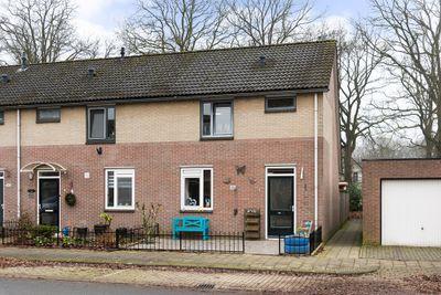 Wezelstraat 147, Hengelo