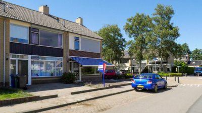 Burgemeester Hoytema van Konijnenburglaan 33, Scherpenzeel