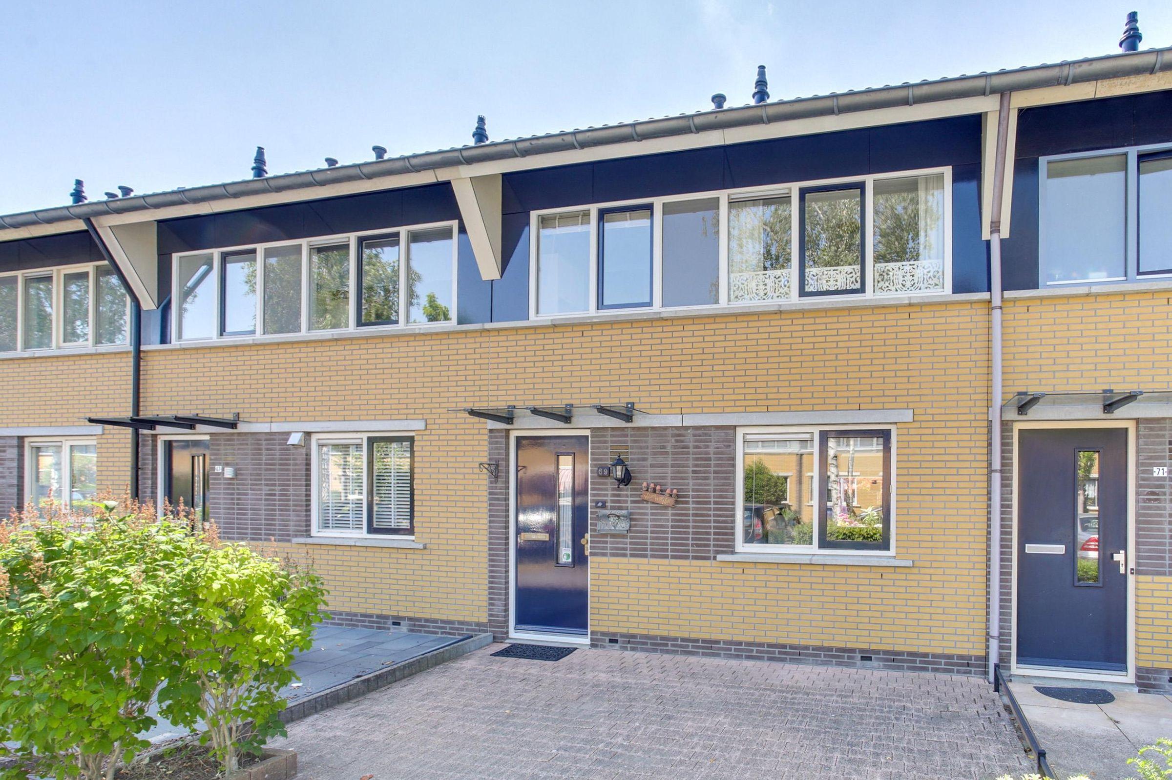 Julistraat 69, Almere