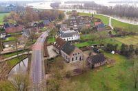 Pluimenburgsestraat 2, Dodewaard