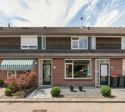 Rob de Vriesstraat, Hengelo