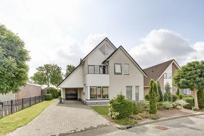 Koningsland 44, Steenwijk