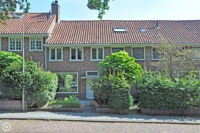 Jac. Van Looystraat 16, Arnhem