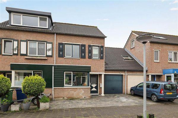 Cliviastraat 6, Almere