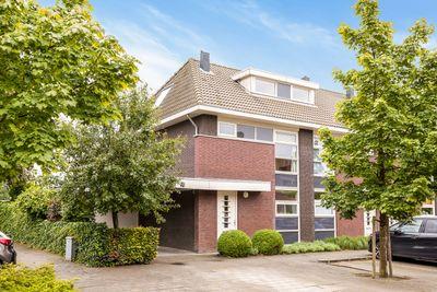 Linnaeuslaan 21, Oudenbosch