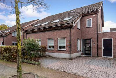 Lijsbeth van Villeynstraat 7, Helmond