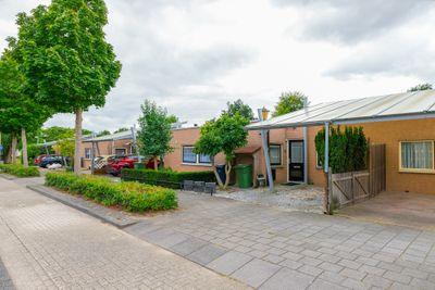 Valetaweg 32, Almere