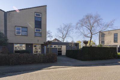 Meeresteinstraat 42, Tilburg