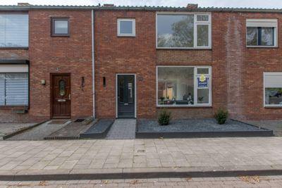 Oranjestraat 19, Sas Van Gent