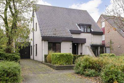 Geulwijk 10, Leusden