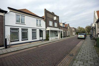 Kerkstraat 12-14, Wissenkerke