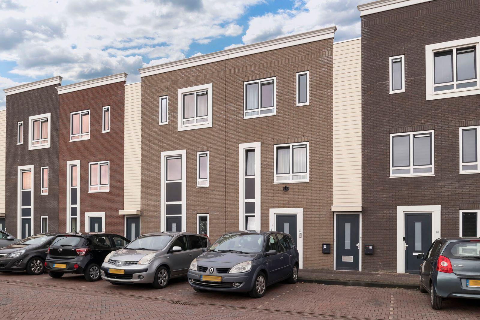 Slowakijeplaats 20, Almere