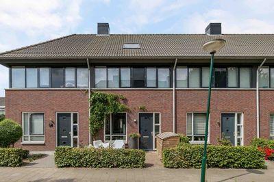 Pastoor Hackenstraat 37, Sint Oedenrode