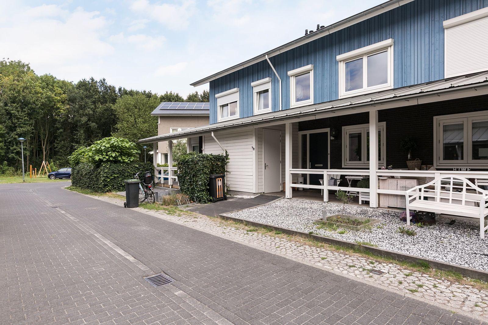 Fjorddal 13, Schiedam
