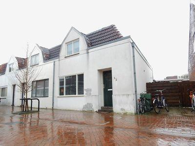 Mr. Jan Freseman Viëtor-Straat 12, Winschoten