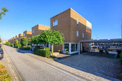 Giek 8, Almere