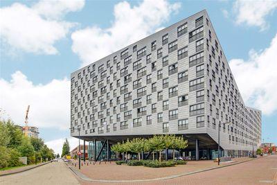 Baron G.A. Tindalplein, Amsterdam