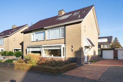 Bosveen 16, Nieuwerkerk aan den IJssel