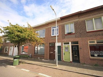 Burgemeester van der Veldestraat, Den Haag
