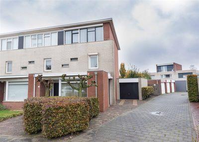Ommenstraat 22, Tilburg