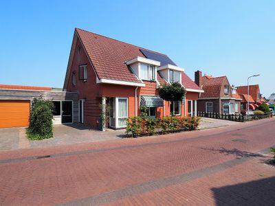 Sint Odulphusstraat 8, Bakhuizen