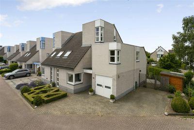 Van Leeuwenhoeklaan 15, Zwolle