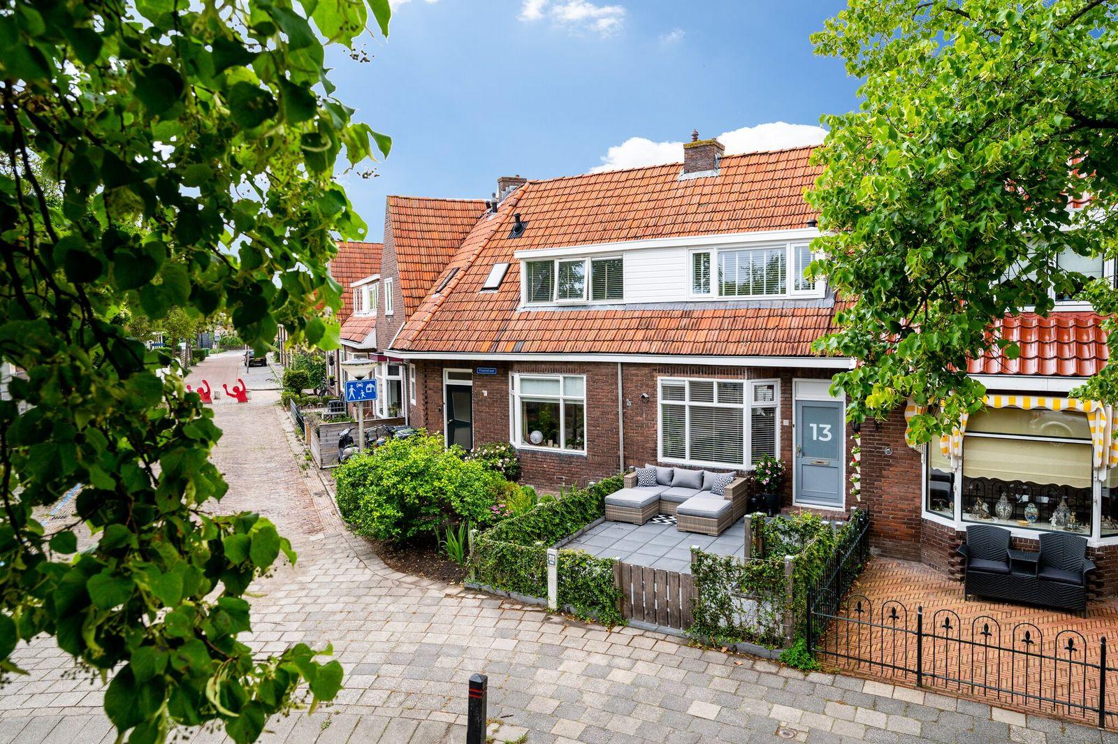 Pioenstraat 13, Leeuwarden