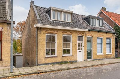 Zuidendijk 83, Dordrecht