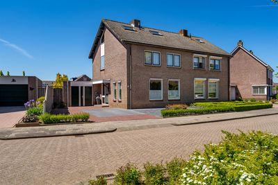 Anemoonstraat 5, Nieuwendijk