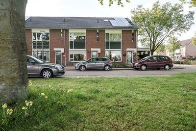 Van Brakelstraat 4, Borne