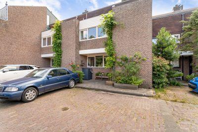 Hillenaarlaan 54, Wassenaar