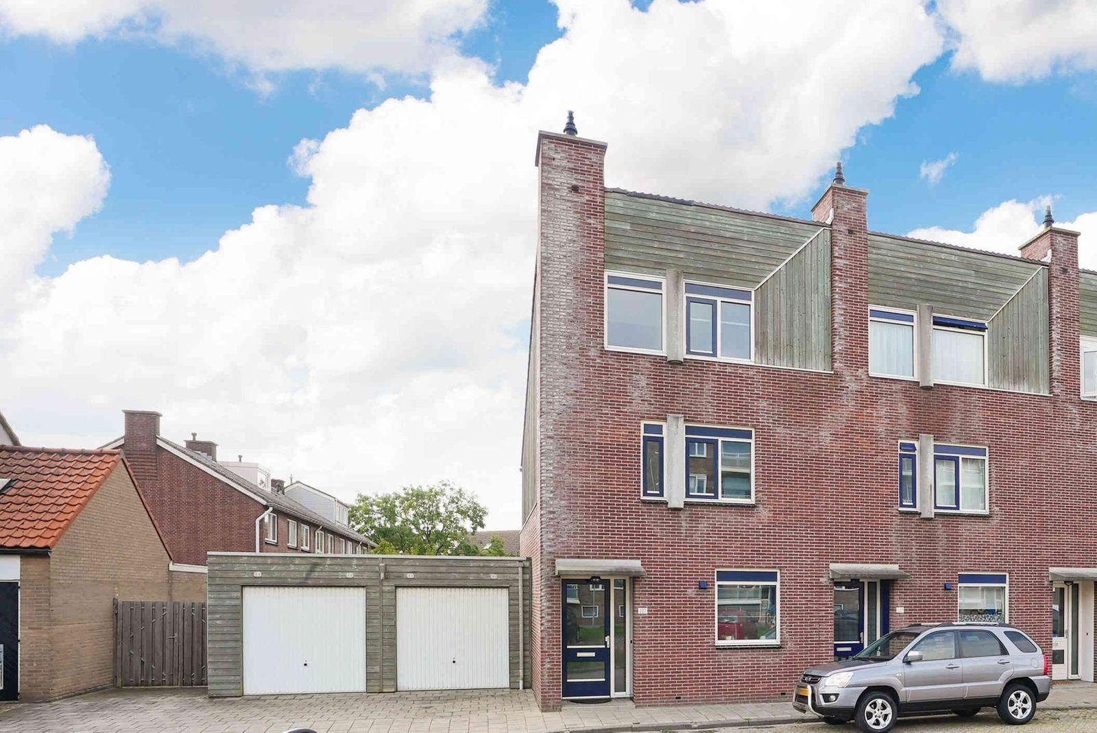 Van Dishoeckstraat 227, Vlissingen