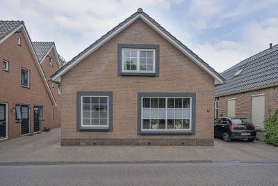 Voorstraat 8, Den Ham