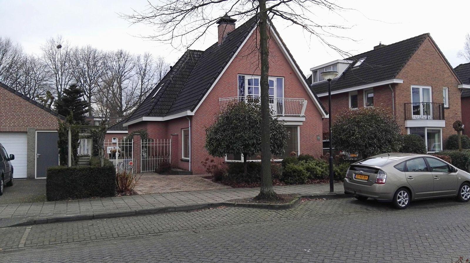 Pastoor Hoekx-singel 88, Rosmalen