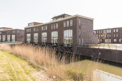 Beneluxlaan 642, Almere