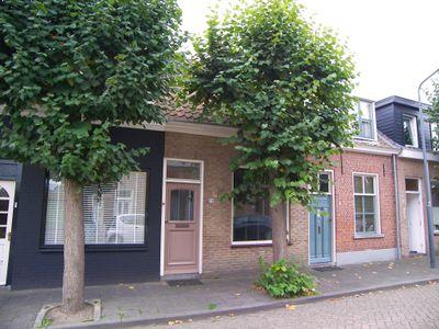 Zandheuvel 74, Oosterhout