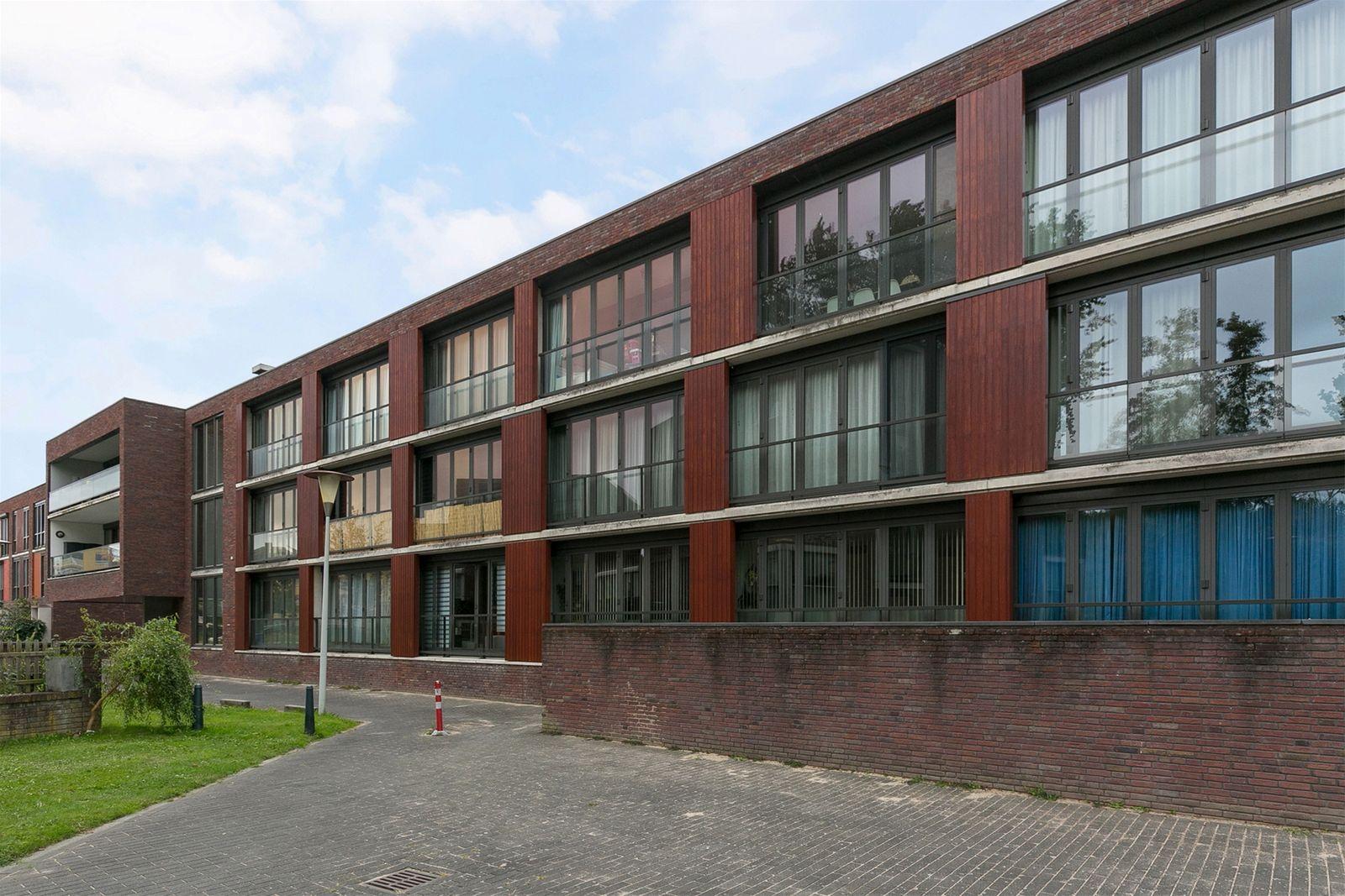Korendijk 113, Rotterdam