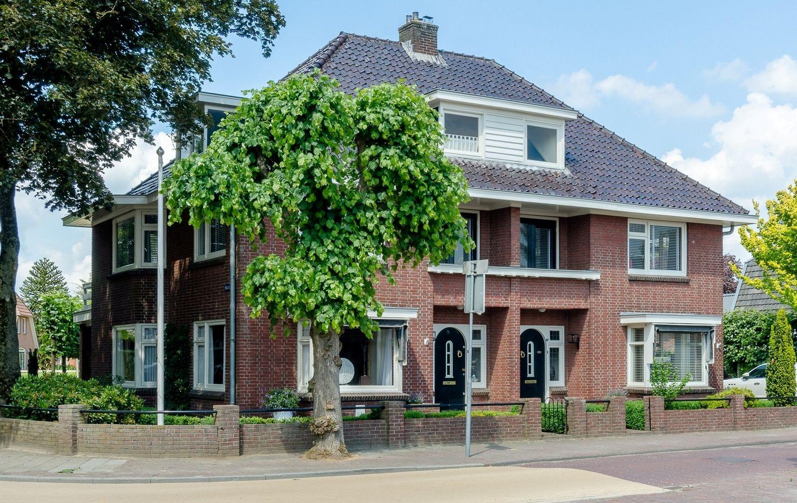 Grotestraat 48-50, Den Ham
