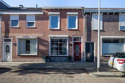 Oeverstraat 75, Tilburg