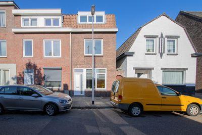 Weustenraedtstraat 51, Hoensbroek