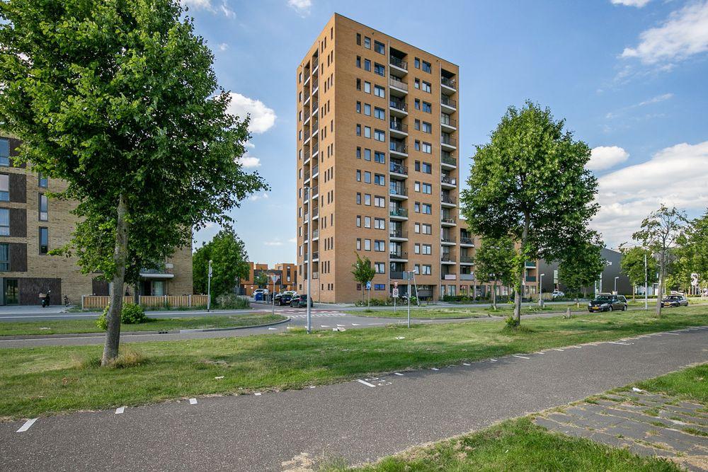 Makassarhof 80, Almere