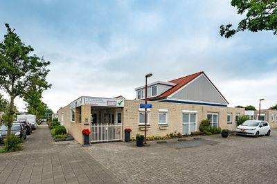 Conrad Busken Huethove 1, Nieuwegein